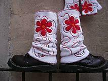 Iné doplnky - Návleky na nohy s červenou - 10106314_