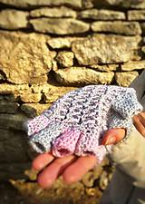 Rukavice - Poloprstové rukavičky šedoružové. - 10106896_