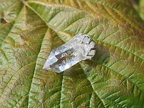 Náhrdelníky - little cristal from slovakia - 10107542_