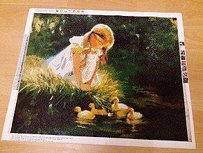 Obrazy - Dievčatko s kačičkami - 10107048_