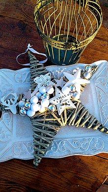 Dekorácie - Vianočný veniec - 10107361_