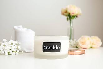Svietidlá a sviečky - Veľká sviečka frozen - Slivka, ruža a pačuli - 10104947_