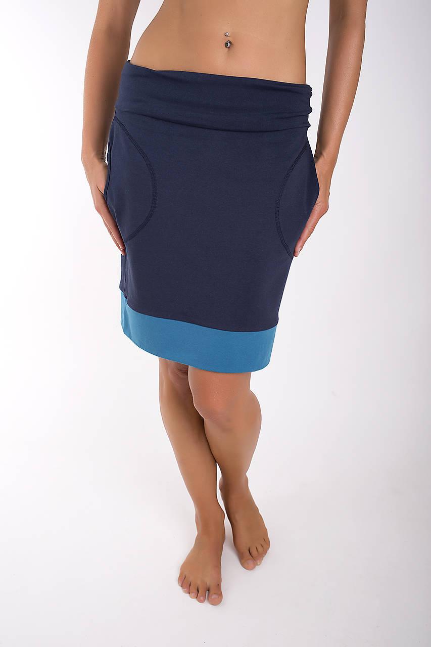 TAKE IT EASY... dark blue skirt