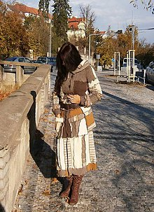 Kabáty - leloš dlhý sveter hnedo,vanilko kremový - 10110475_