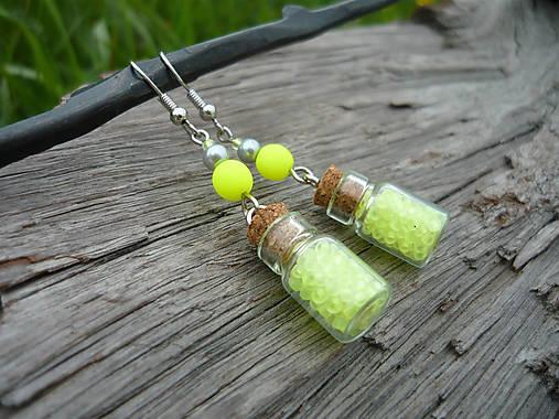 VÝPREDAJ! Náušnice mini fľaštičky Green NEON