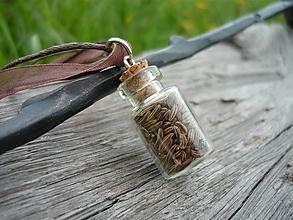 Náhrdelníky - VÝPREDAJ! Náhrdelník Rascová sklenená mini fľaštička - 10112653_
