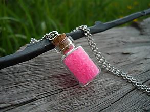 Náhrdelníky - VÝPREDAJ! Náhrdelník sklenená mini fľaštička Pink NEON - 10112671_