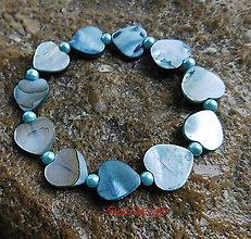 Náramky - perleťový náramoček tyrkys Love - 10109052_