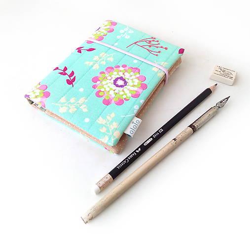 Zápisník S veľkými kvetmi - A6