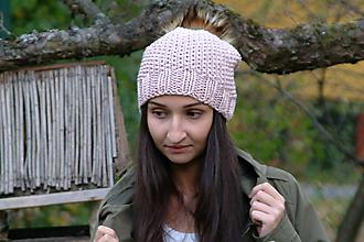 Čiapky - Pletená dámska/dievčenská čiapka pudrovo ružová - 10110500_