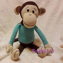 Hračky - Hačkovaná opička v modrom tričku 💙 - 10113321_