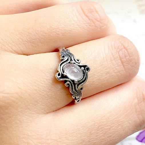 ZĽAVA 45% Rose Quartz Antique Silver Ring / Starostrieborný prsteň s ruženínom /1149