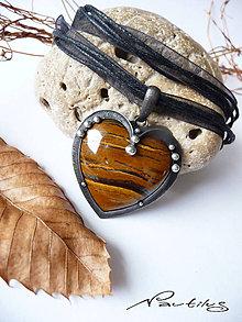 """Náhrdelníky - Cínový šperk """"Srdce bojovníka"""" - 10118009_"""
