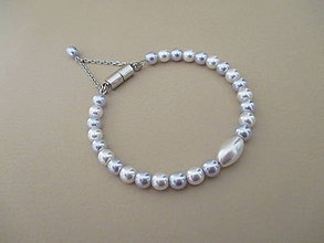 Náramky - Bielo-strieborný perlový náramok - chirurgická oceľ - 10115239_