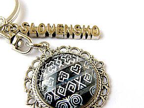 Kľúčenky - čičmany - slovensko - klucenka - 10118292_