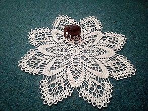 Úžitkový textil - háčkovaný obrúsok - 10120043_