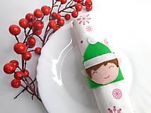Dekorácie - Vianočný krúžok na servítky (Škriatok) - 10120663_