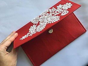 Kabelky - červená listová kabelka s čipkou - 10123432_