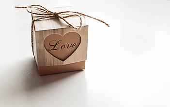 "Obalový materiál - Darčeková krabička "" Love "" - 10122553_"