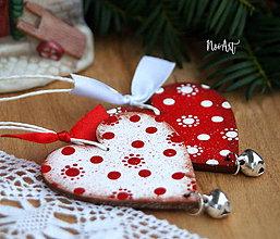 Dekorácie - Srdiečko cinkavé, biele, vianočná ozdoba - 10126984_