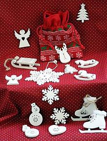 Dekorácie - Vianočné ozdoby.  Drevené biele. - 10126198_