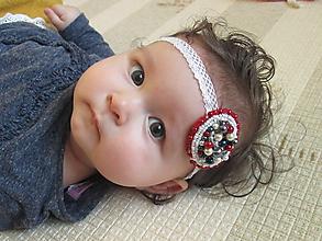 Detské doplnky - čelenka pre bábätko alebo dievčatko - perličkový medailónik - 10129695_