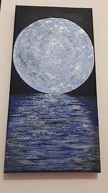 Obrazy - Mesiac posadenyý na hladinu - 10132257_