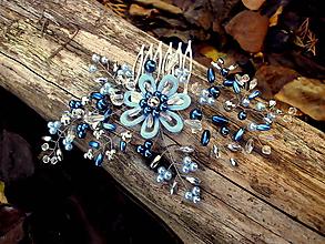 Ozdoby do vlasov - hrebienok -  bledomodrý kvet - 10129458_