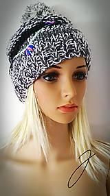 Čiapky - Sivá pletená čiapka - výšivka - 10128952_