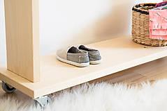 Nábytok - Vešiak na oblečenie - 10131019_