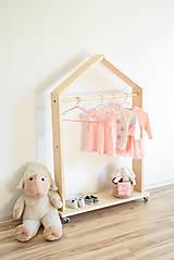 Nábytok - Vešiak na oblečenie - 10131054_