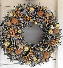 Dekorácie - Vianočný veniec - 10130531_