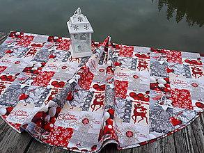 Úžitkový textil - Okruhly obrus  (Vianočný Merry Christmas) - 10133588_
