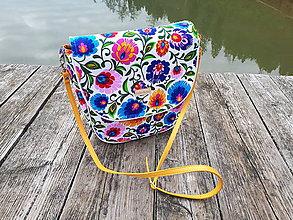 Veľké tašky -   Crossbody Folk kabelka (biela žltý lem) - 10133819_