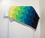 Úžitkový textil - Moderná patchwork deka Vlny - 10135456_