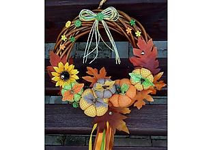 Dekorácie - Jesenný Tekvičkový a Jablčkový Veniec venček na dvere alebo do interiéru priemer 25, 30 a 35 cm (priemer 30 cm - Pestrofarebná) - 10132431_