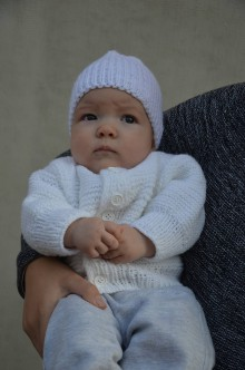 Detské oblečenie - Vlnený svetrík s čiapočkou - 10133171_