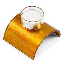 Svietidlá a sviečky - sklenený svietnik na čajovú sviečku jantárový - 10135234_