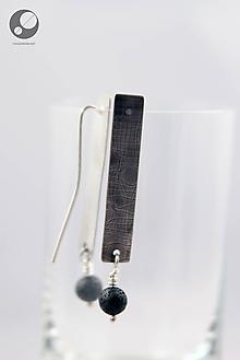 Náušnice - Strieborné náušnice s textúrou a lávovými korálkami - 10139637_