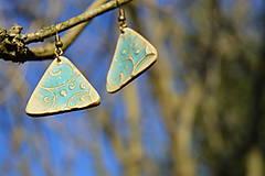 Náušnice - Náušnice tyrkysové trojuholníky, reliéfové. - 10138810_