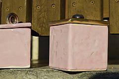 Nádoby - Dóza kocka ružová i zlatá :o)). - 10139975_
