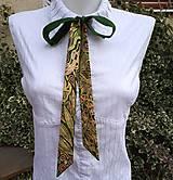 Šály - Zelená hlbočina-hodvábna maľovaná mašľa - 10140528_