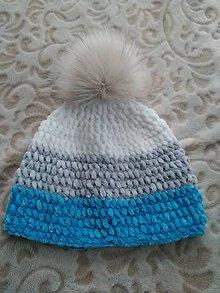 Detské čiapky - Zimná čiapka s brmbolcom - 10140647_