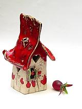 Svietidlá a sviečky - Dom svietnik  červený - 10139630_