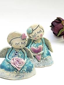 Dekorácie - anjel malý tyrkysový (s ružou) - 10137684_