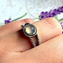 Prstene - Delicate Grey Agate Ring / Jemný vintage prsteň so šedým achátom /1175 - 10144955_