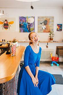 Šaty - Bamboo Osudové šatičky Marta s kulatým výstřihem královsky modré - 10142904_