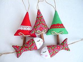 Dekorácie - Vianočné rybky,stromčeky - 10143049_
