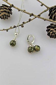 Sady šperkov - zelený granát náušnice a prívesok v striebre - 10147717_