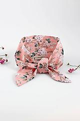- Pôvabná ružová kvetinová šatka na krk